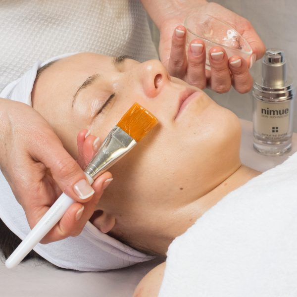 Nimue deep cleansing facial,Nimue SRC Treatment Massage , relaxing , pamper , Manual Lymphatic Drainage Massage , leg massage , anti-cellulite treatment , anti-cellulite massage water retention , reduce and contouring body shape clinic, fat reduction , boost your confidence , cool sculpting , packages massage , choose your treatment , Seaweed treatment Pregnancy Massage, Vanessa Gallinaro , Estetista Nimue ,Pulizia Viso , Beautician , Esse&co Nimue London, Nimue Beauty Salon London , Cleansing Gel Lite, Nimue , Skincare , AHA, Beauty Victoria London , , Hydro Balance , Photo Gel Wash, SPF 40 , SPF 40 Tinted Light, Medium, Dark , Skin Health starter kit Interactive Skin , Problematic skin, Hyperpigmented starter kit , Damaged Skin , Youth Facial , Facial Wash , TDS , Rejuvenating Facial 35% Glycolic Treatment, Bio Complex 15% Active Rejuvenation Treatment, NIMUE SRC skin resurfacing complex , Nimue Rejuvenation Booster Treatment , Course of facial , Esse&coBeauty , Massage Victoria