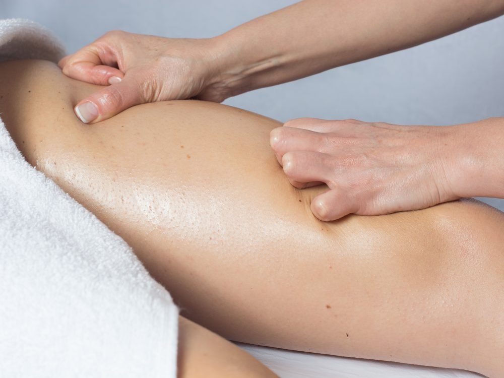 Detoxifying Body Treatment With Facial Massage- Esseandco-8834